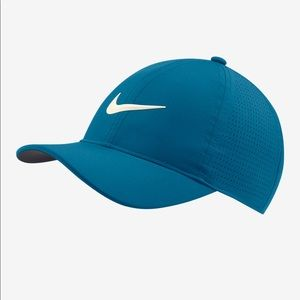 Nike Golf  Aerobill Women's Hat NWT